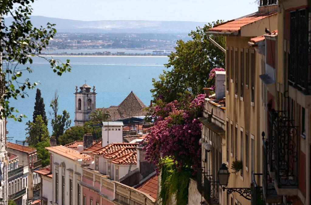 Stadrundgang und Blick auf Lissabon