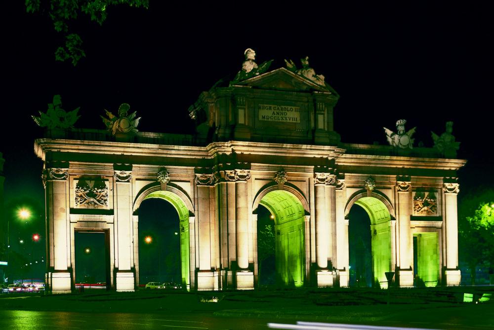 Madrid Stadtrundfahrt kleine Gruppenreise